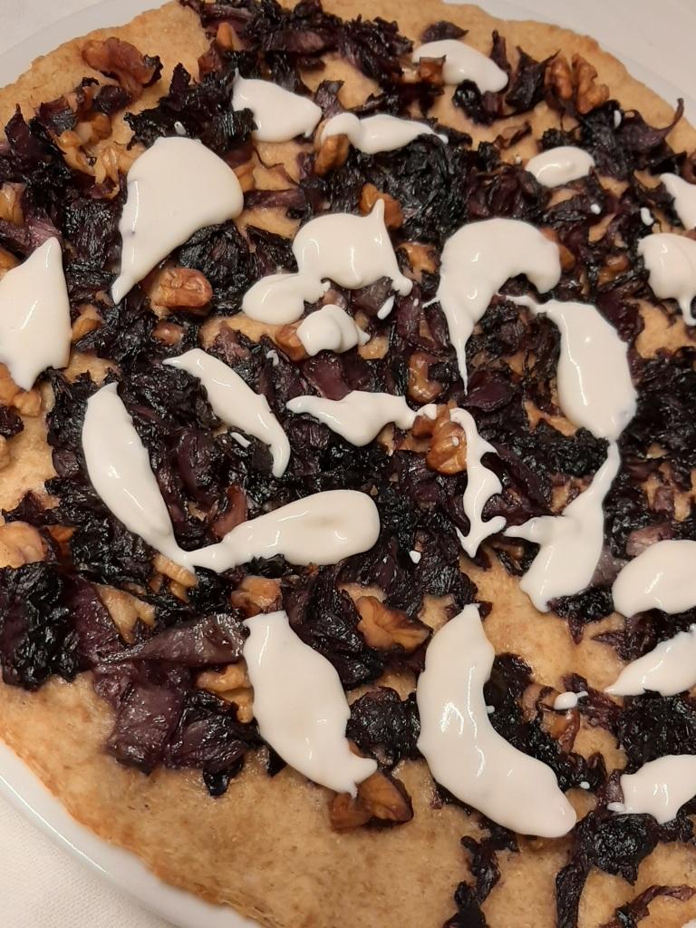 pizza radicchio e noci / non solo tofu